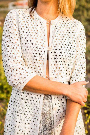 1coat_and_skirt