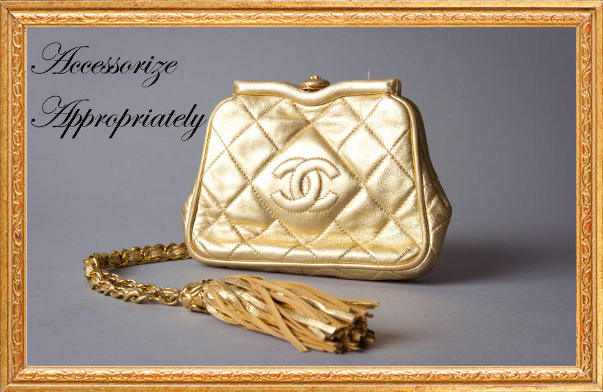 1purse_gold_frame_2t