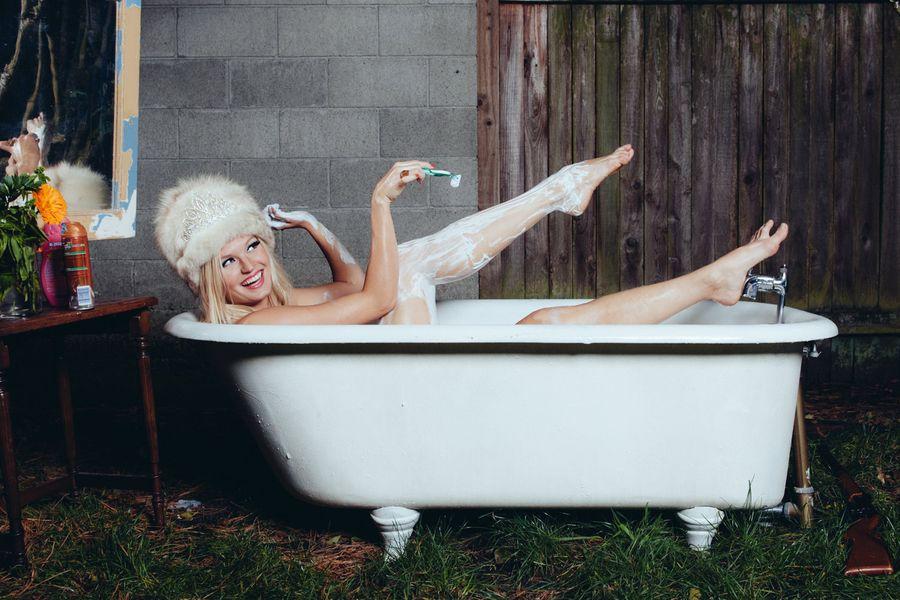 Tory Peil/contemporary dancer,  Whim Whim, House of Verlaine