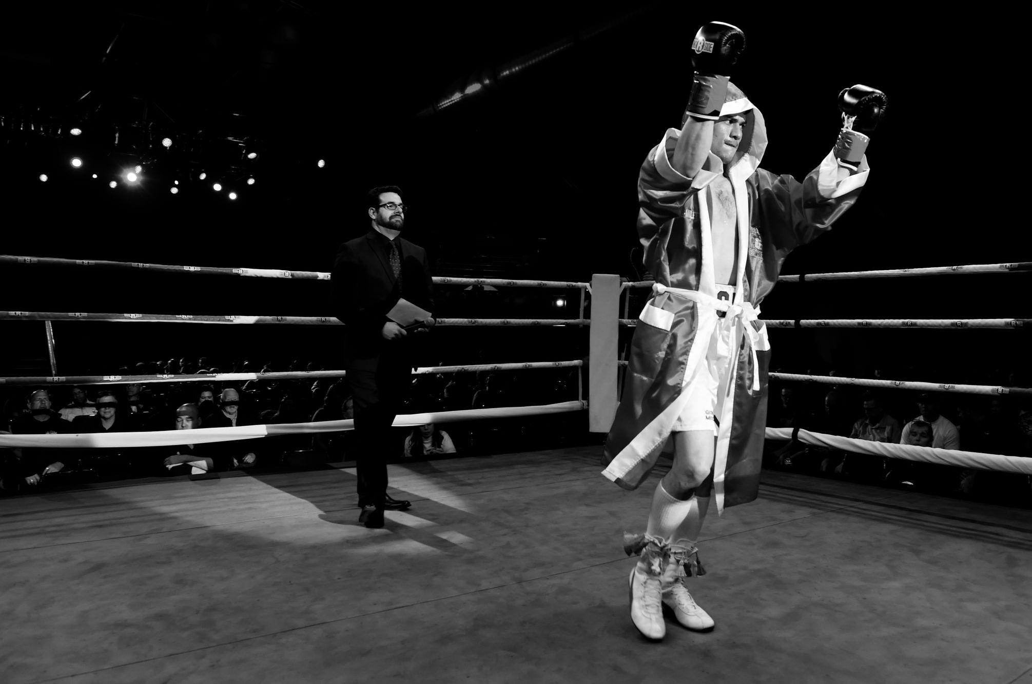 Gio Cabrera/ Professional Boxer  16-0