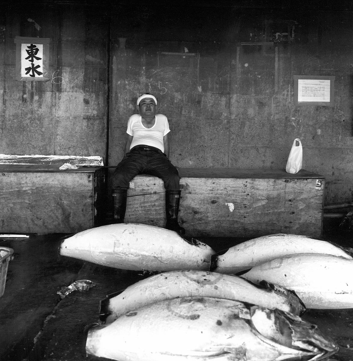 1jap_fishmarket_rest