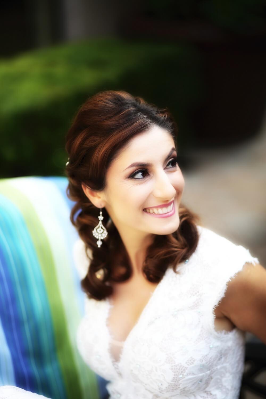 Gorgeouis Persian bride Yasie.jpg