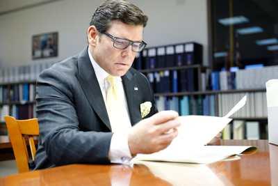 Bret Baier researching Ronald Reagan