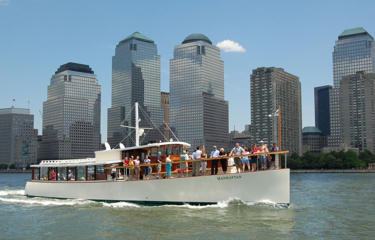 Yacht Manhattan copy.jpg
