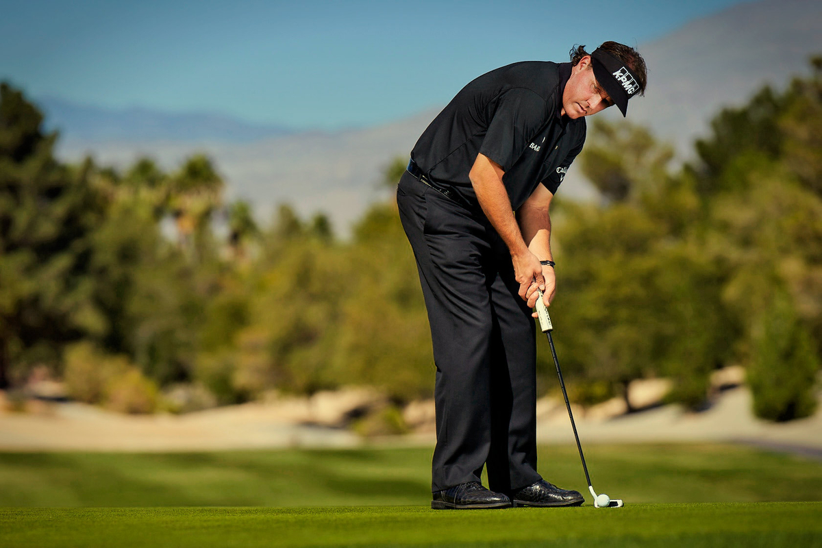 1phil_mickelson_odyssey_0186