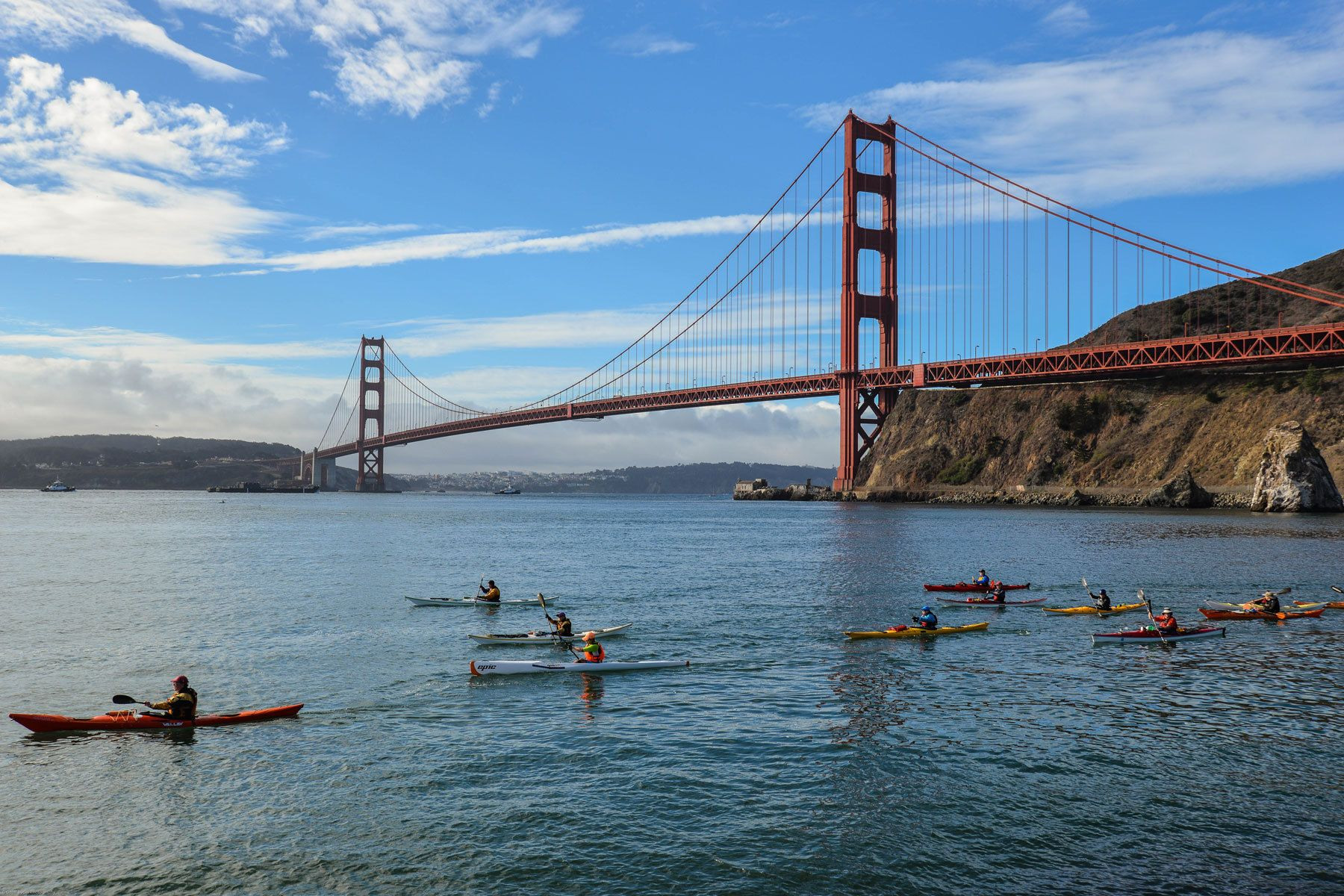 1kayakers_golden_gate_bridge