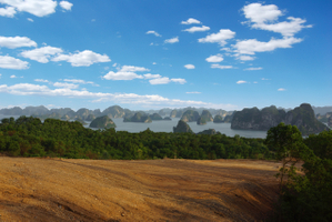 Halong Bay_Hole 8.jpg
