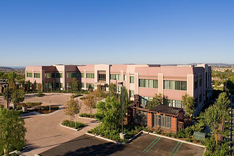 Ladera Corporate Terrace Bldg. 555 | Ladera Ranch, CALutzky Development / Rancho Mission Viejo Company
