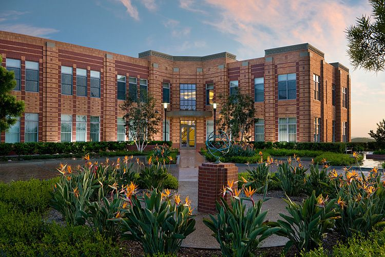 Ladera Corporate Terrace Bldg. 999 | Ladera Ranch, CALutzky Development / Rancho Mission Viejo Company