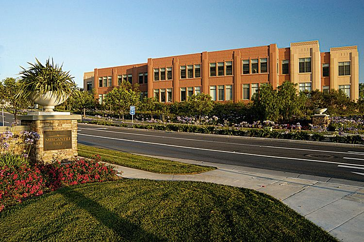 Ladera Corporate Terrace Bldg. 111 | Ladera Ranch, CALutzky Development / Rancho Mission Viejo Company