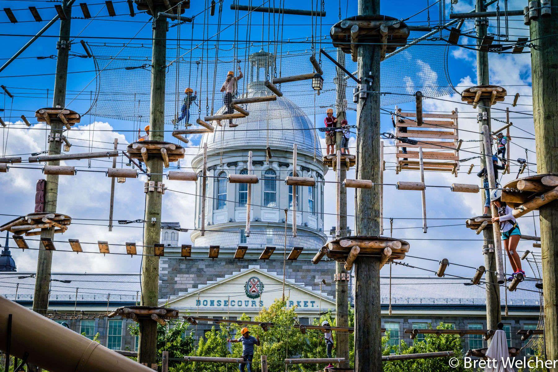 """""""Voiles en Voiles"""" Amusement Park - Montreal, Quebec"""
