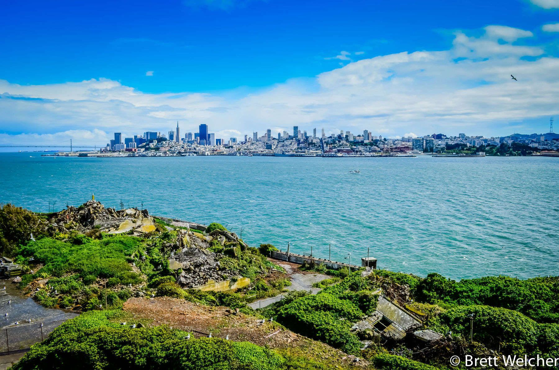 San Francisco, in northern California, is a city on the tip of a peninsula surrounded by the Pacific Ocean and San Francisco Bay. It's known for its hilly landscape, year-round fog, iconic Golden Gate Bridge, cable cars and colorful Victorian houses. The F