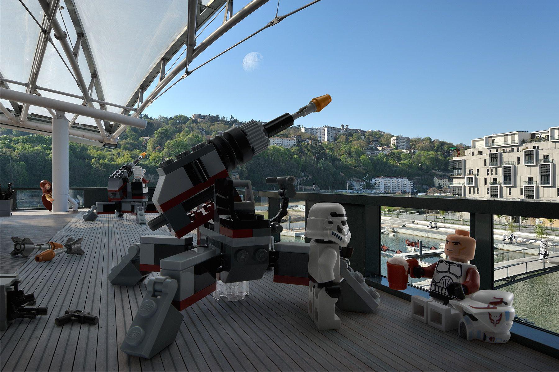 Toys Invasion #02 - © Benoit Lapray - © Matthieu Latry (post production) - © The LEGO Group. - © 2013 Lucas Film Ltd. & TM.
