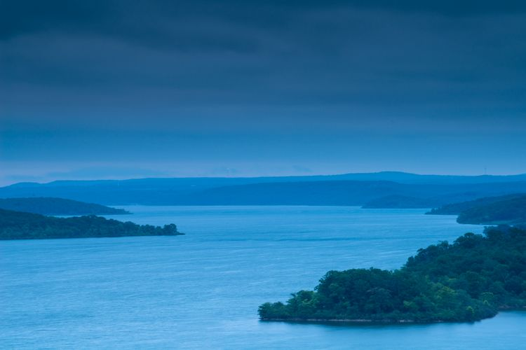 Tennkiller Ferry Lake blue morning