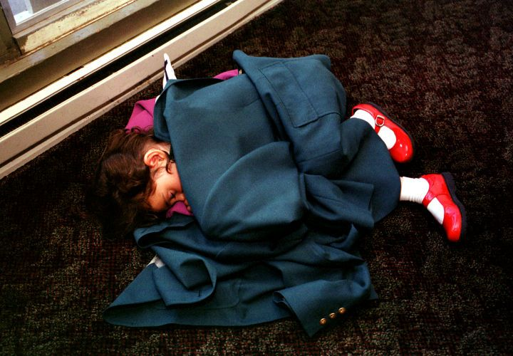 1scott_sleeping_girl