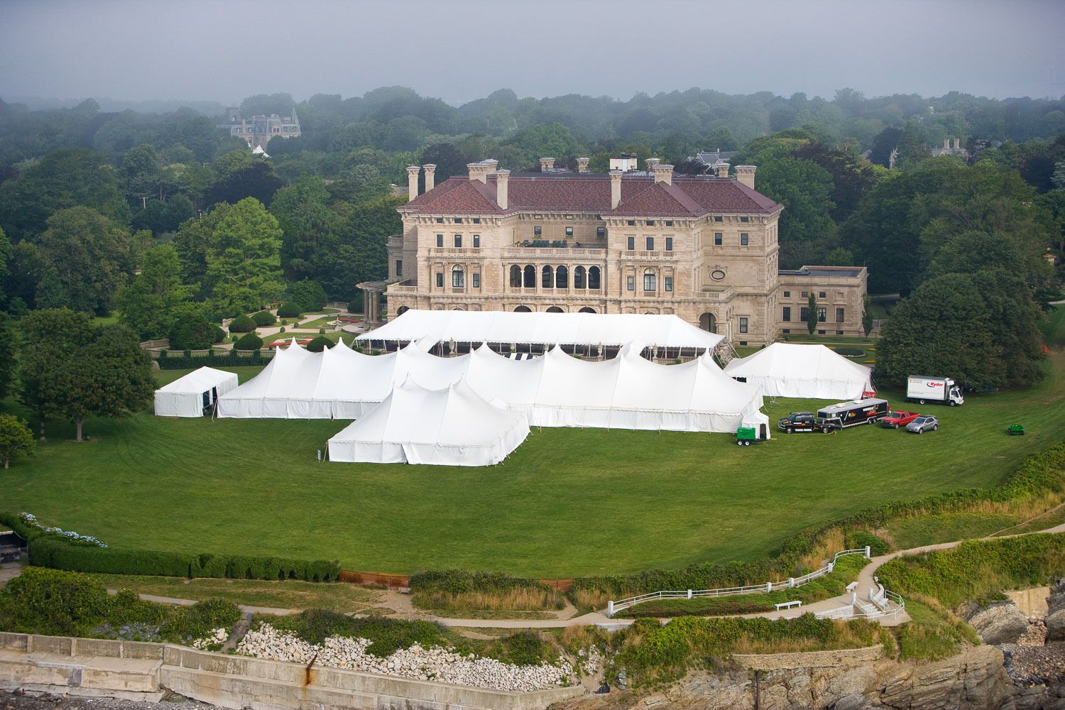 Tents for the Concous d'´Elegance on The Breakers lawn