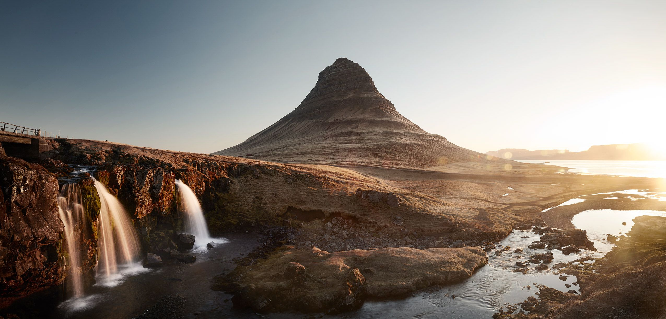 Iceland-Moutain.jpg
