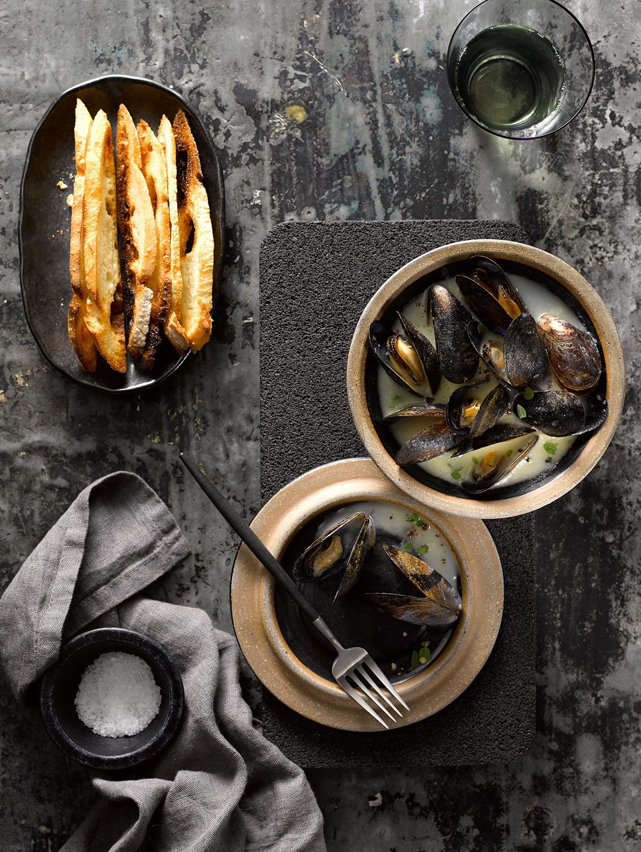Sauvignon Blanc Steamed Mussels