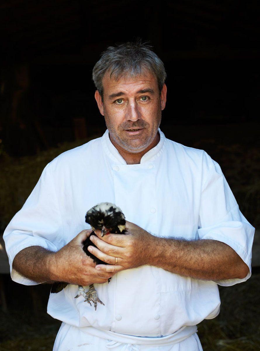 1france_restaurant_chicken_chef.jpg