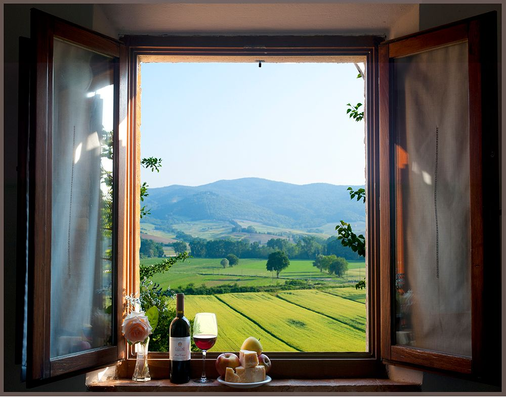 Tuscany Window.jpg