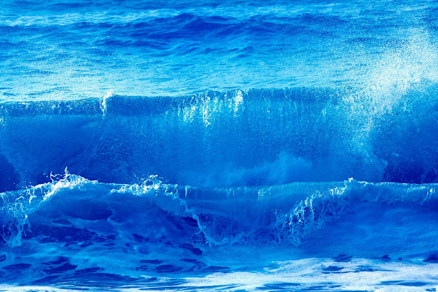 Double Barrel Wave in Blue