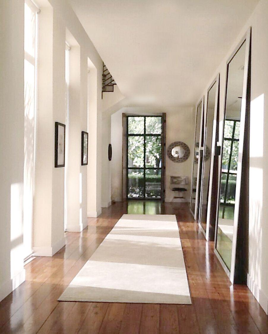 hallway good size for BUZZ.jpg