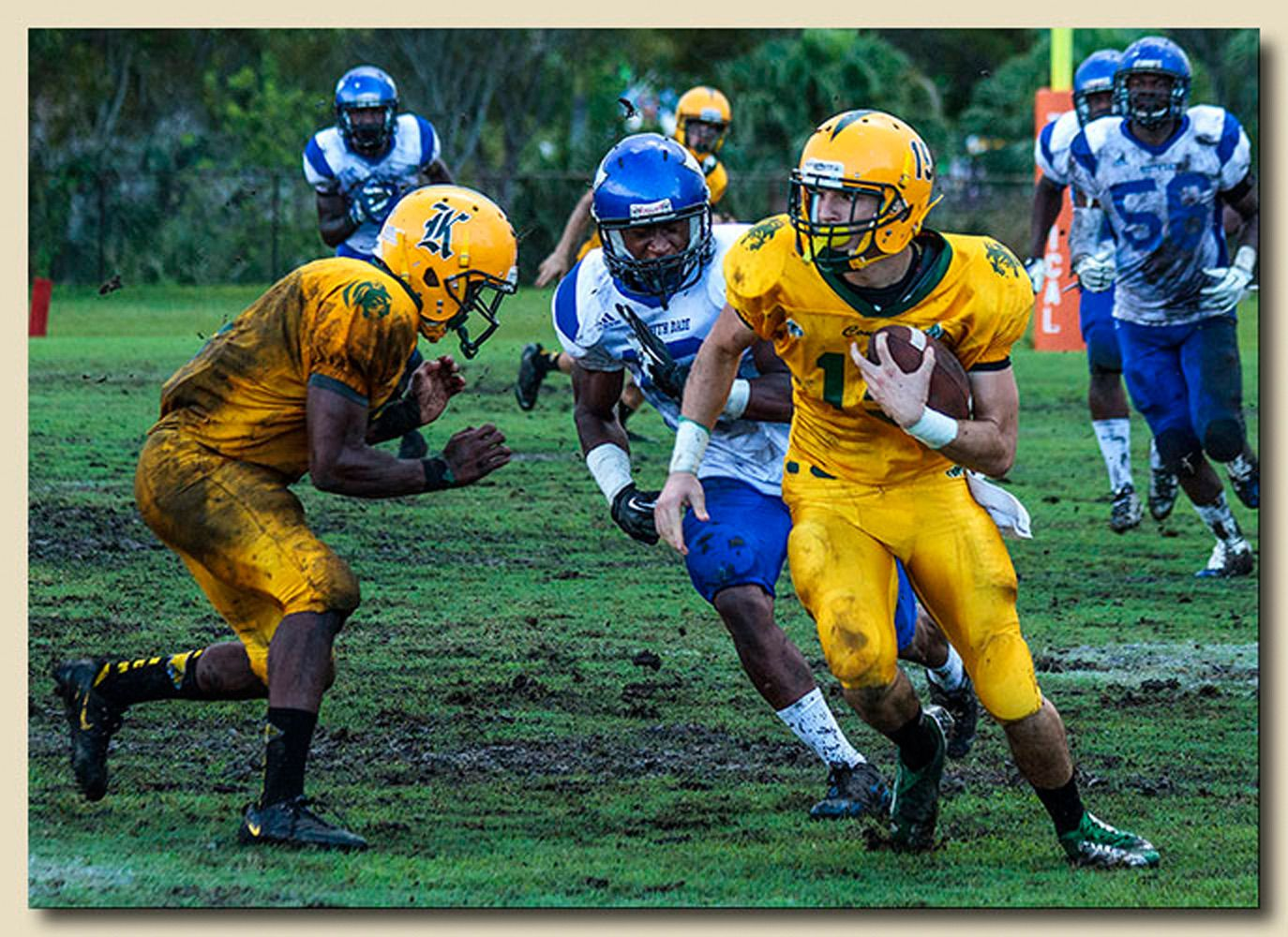 Joel Careaga (19) Ball Carrier