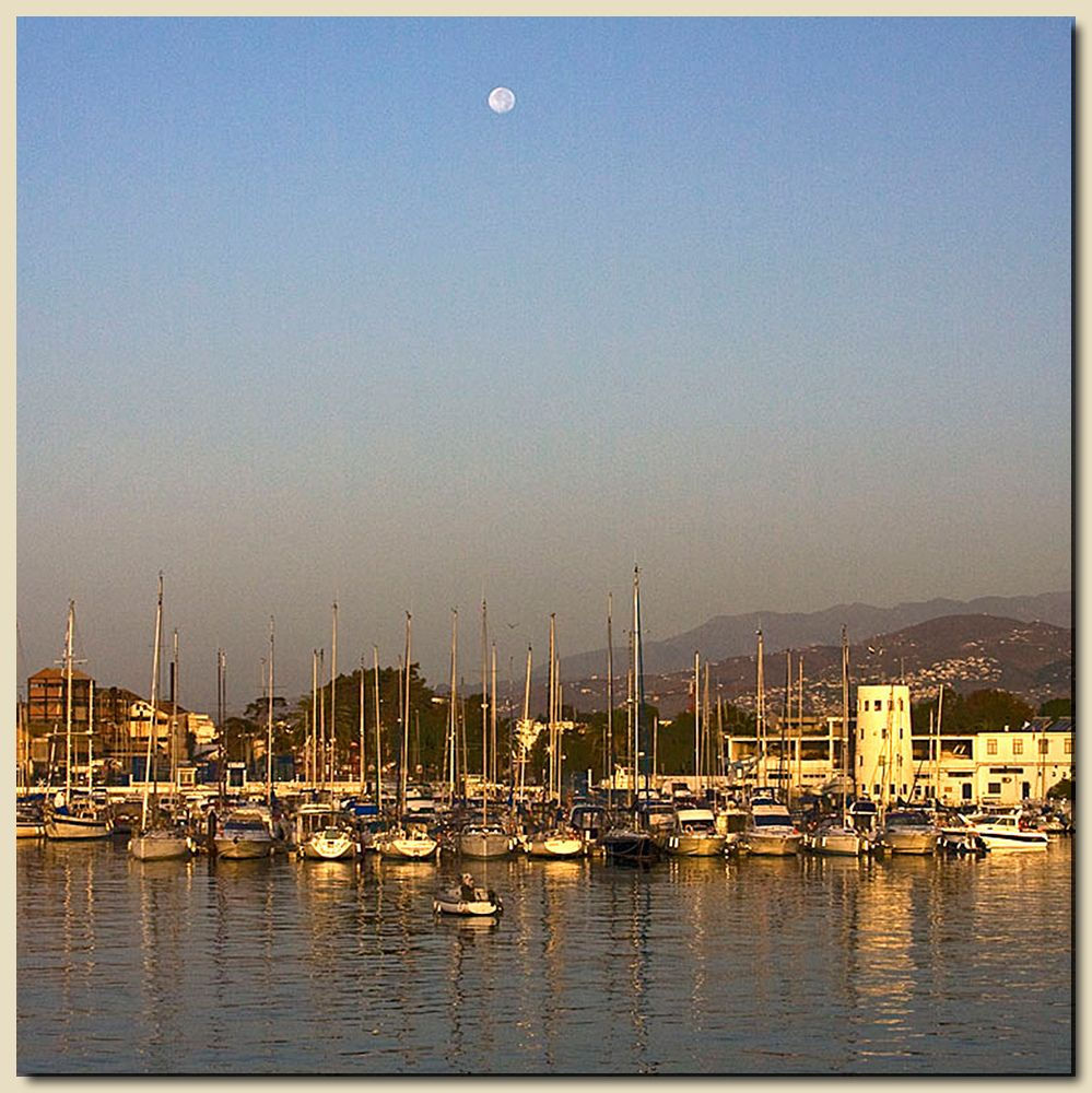 Motril Moon