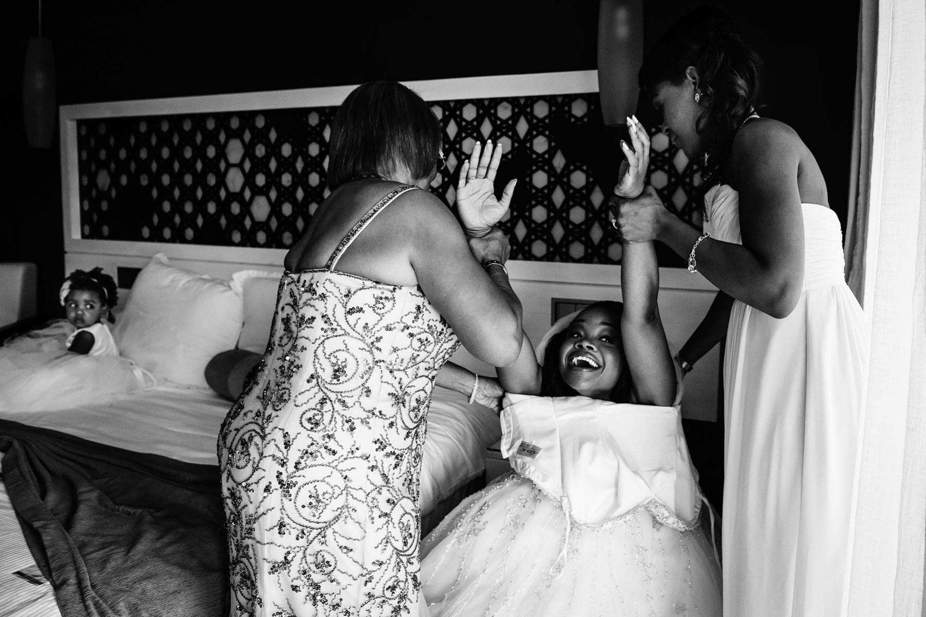 Jamaica wedding, bride getting ready