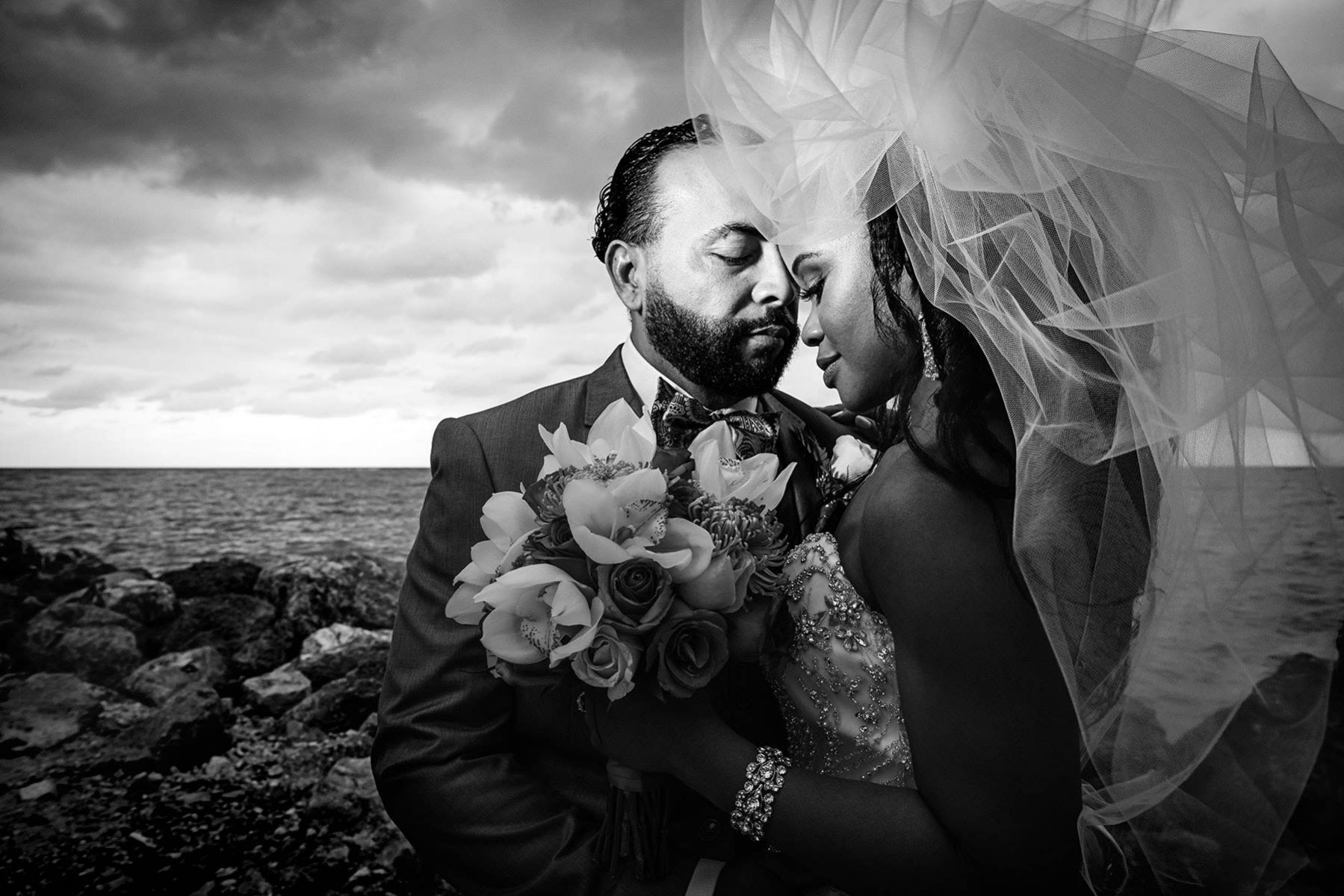 Bride and groom photoshoot, wedding in Jamaica