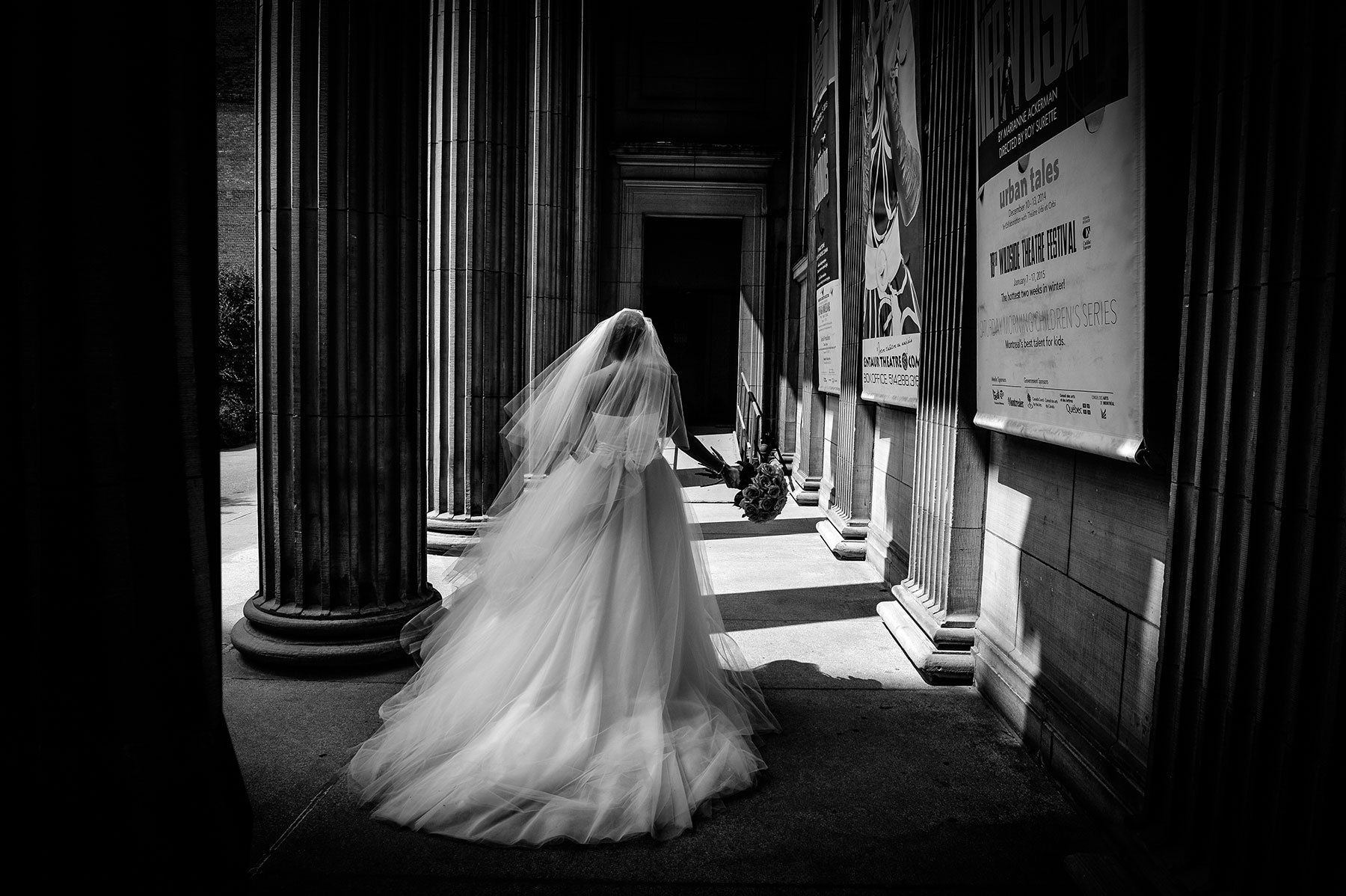 Montreal wedding photographer, beautiful bride, wedding dress