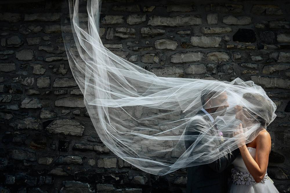 Montreal wedding photographer, bride and groom portrait