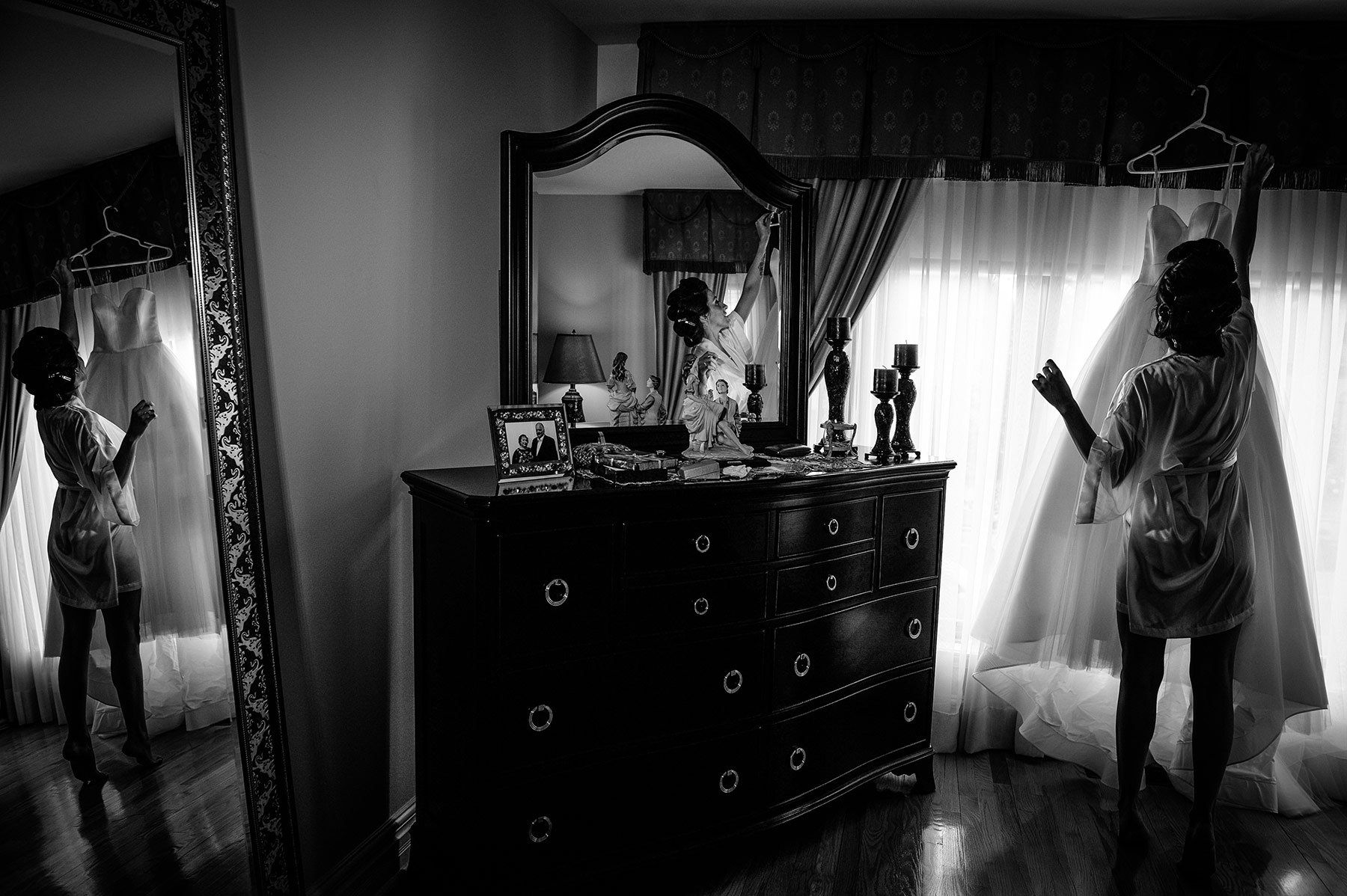 Montreal wedding, bride getting ready