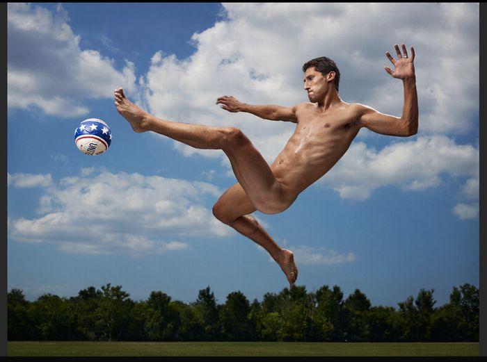 Omar Gonzales LA Galaxy