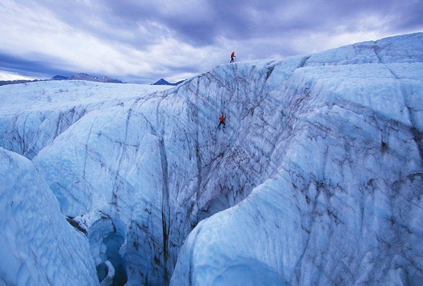 5_0_240_100087__Ice_climbing.jpg