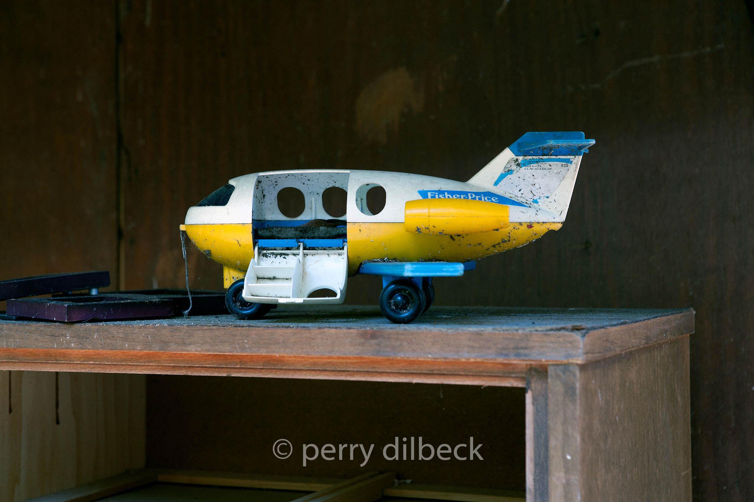 58planeCOLORCORRECT.jpg