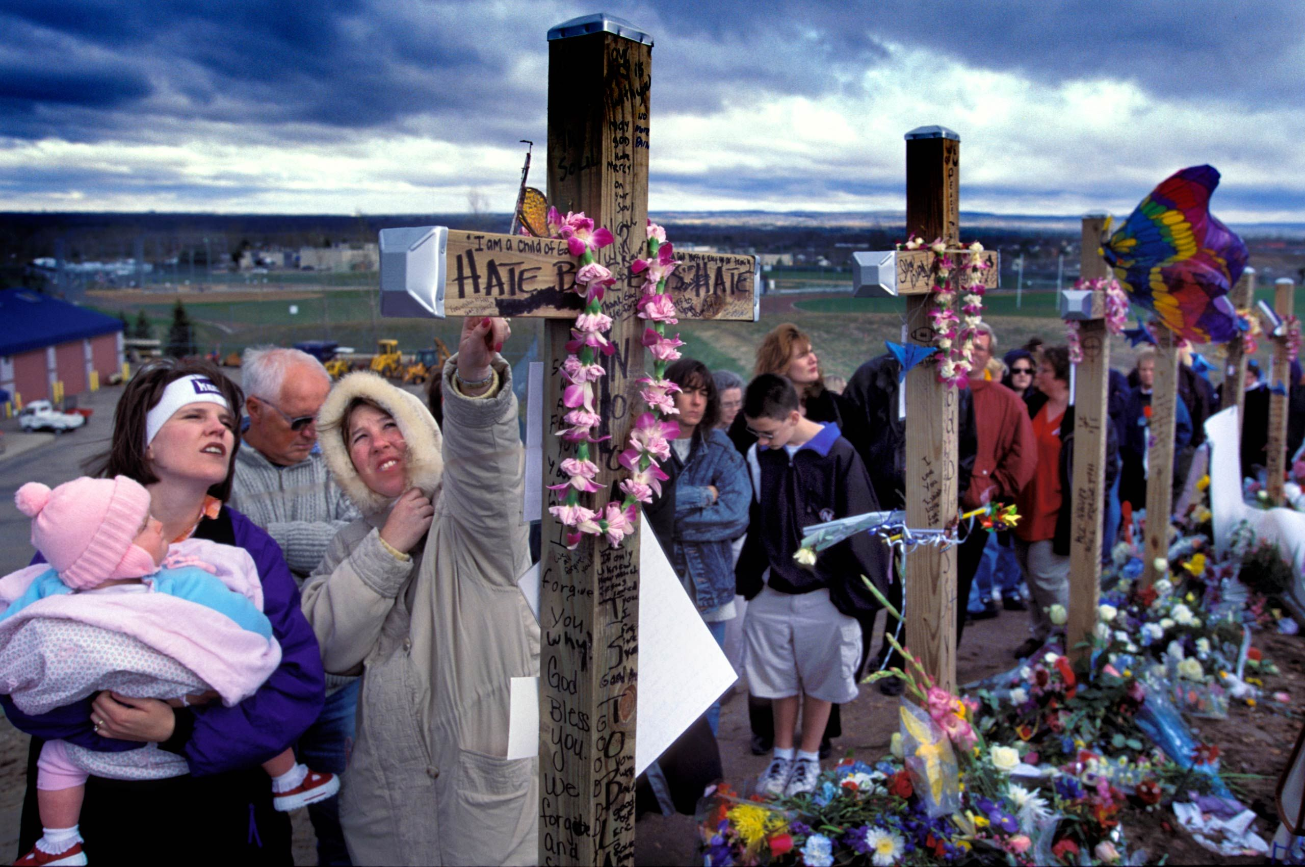 01BColumbine-crosses.jpg
