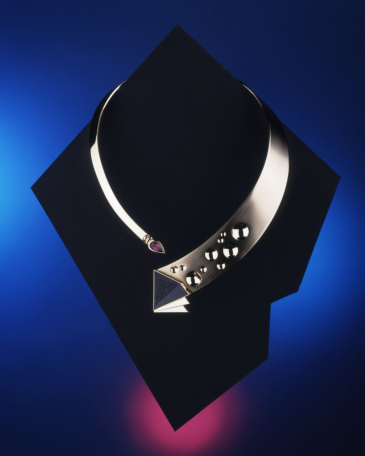 necklace_geometric.jpg