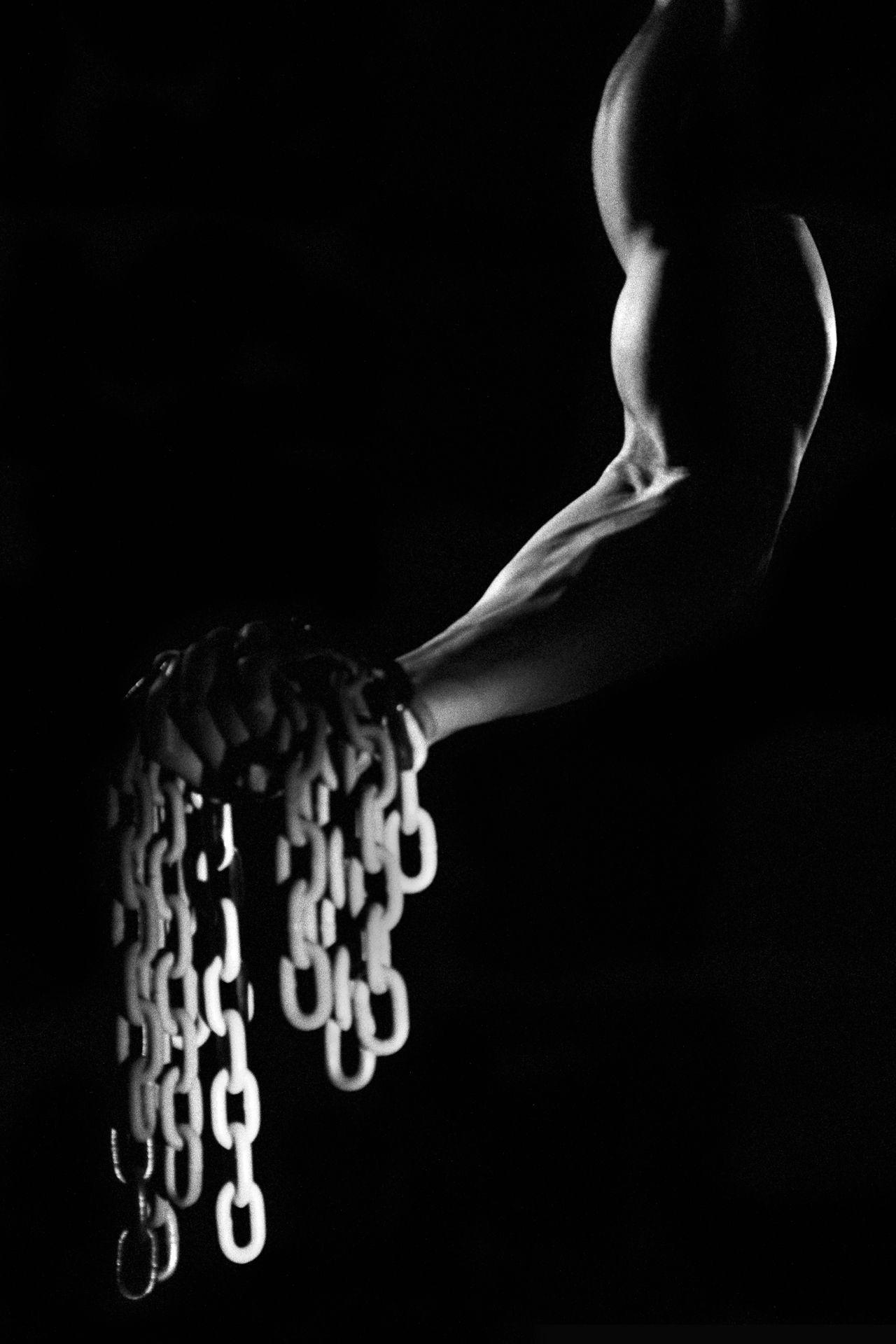 male_chains.jpg