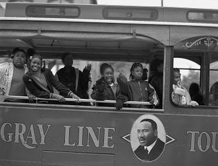 Bus Tour To The Memory of Martin      2004