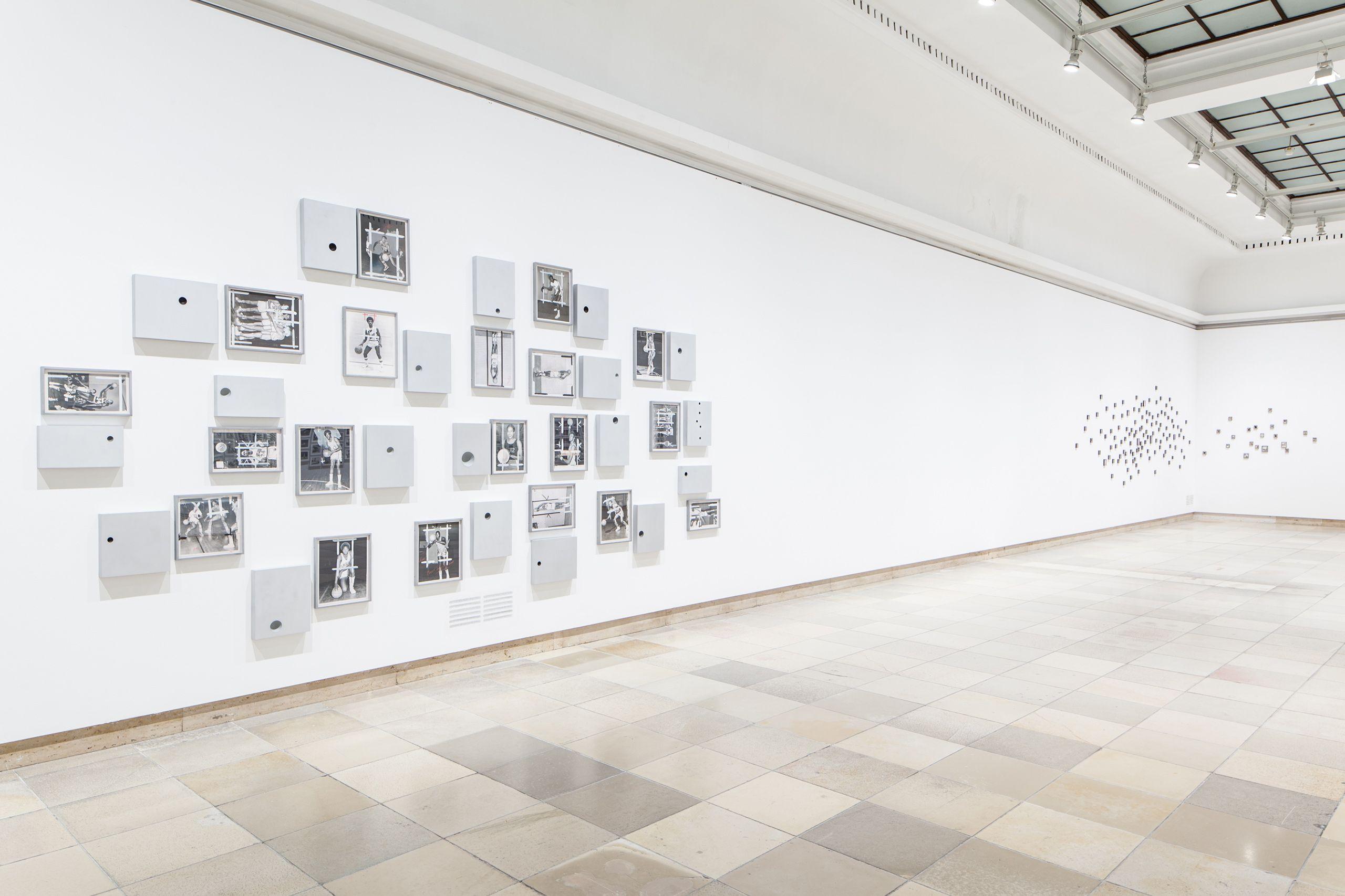 """""""Lorna Simpson"""", Haus der Kunst, Munich, Germany 2013-14"""