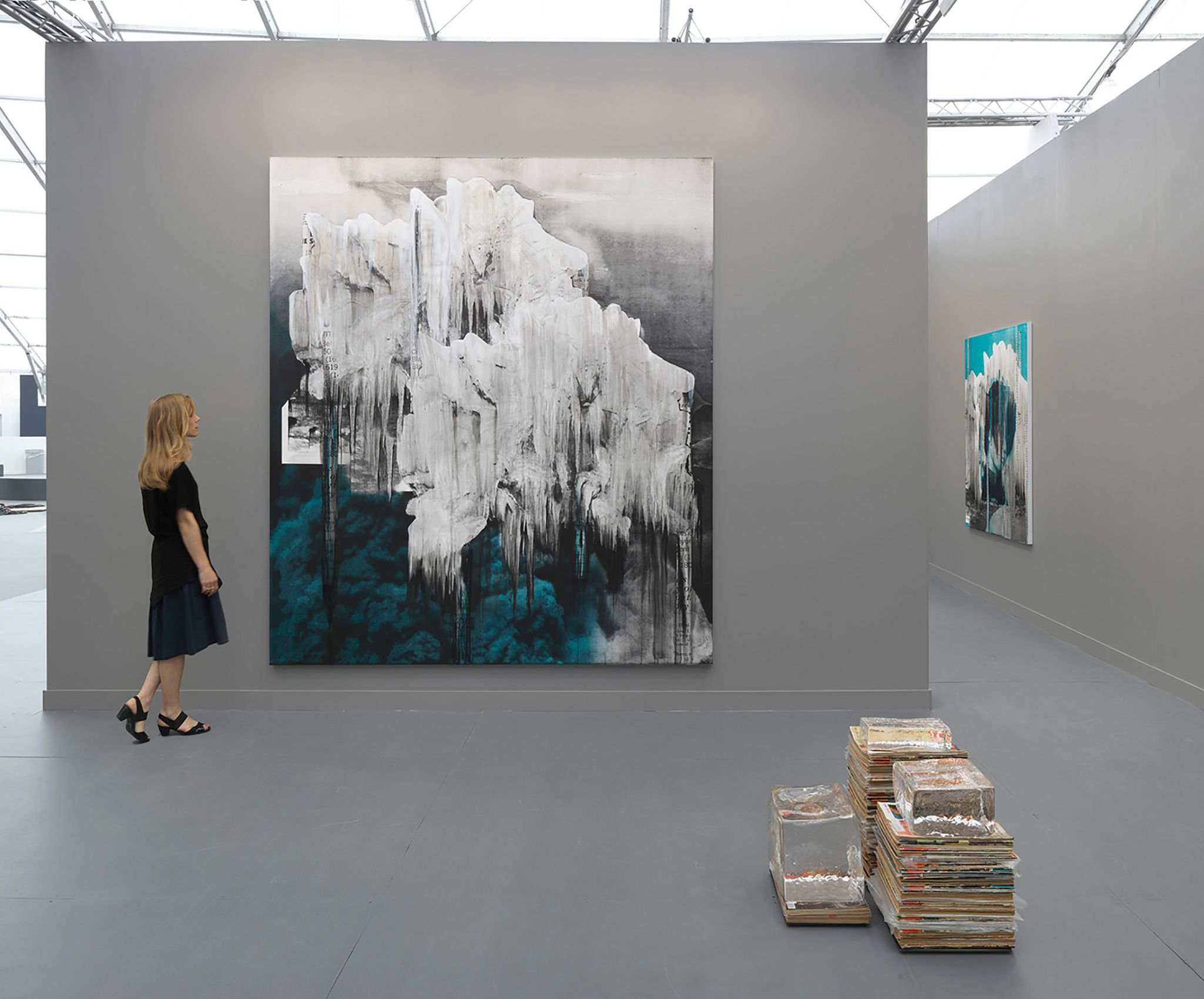 Lorna Simpson: Black & Ice (installation view)