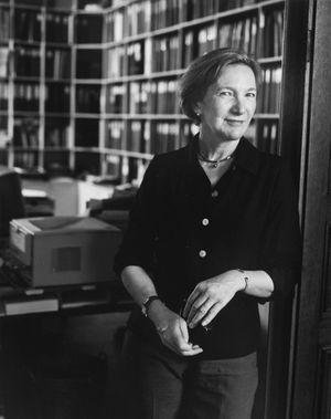 Wanda DeGuebriant -Paris, 2001