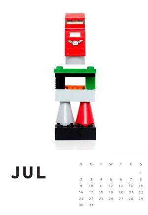 007_Art_of_Lego_Calendar_Leigh_Webber.jpg