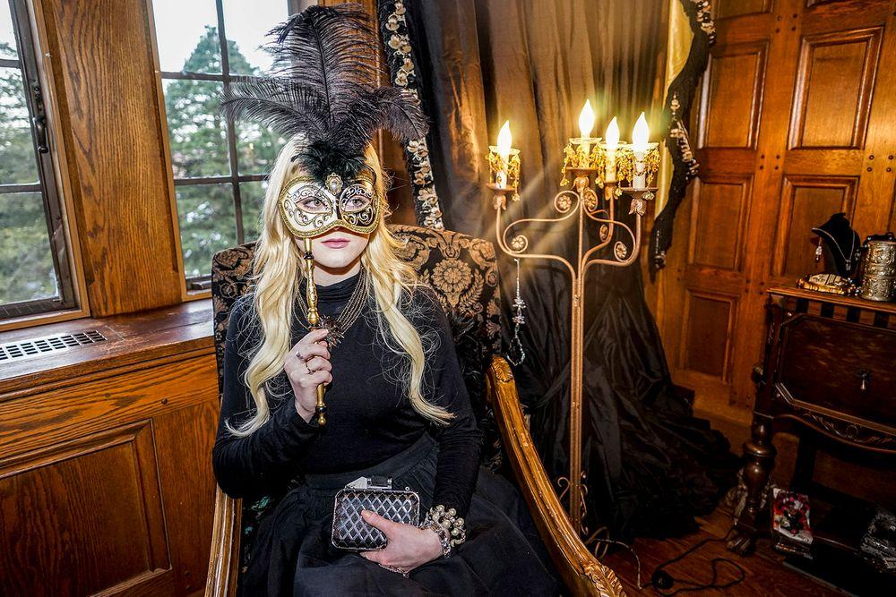 1_0_38_101_03_fashion_connecticut_masquerade_megan_stevens.jpg