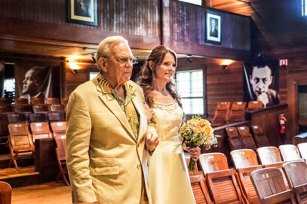1_0_131_104_events_connecticut_bride_and_her_father_megan_stevens.jpg