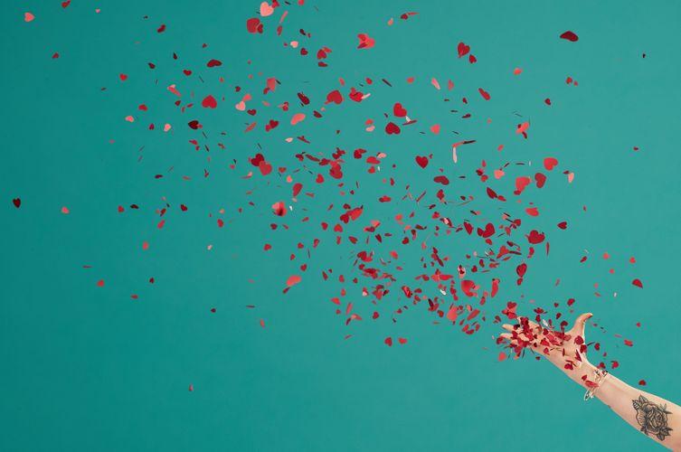 valentine's day confetti pop.jpg