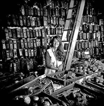 Liz Antique Hardware Store