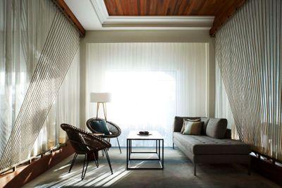 Marriott Grand Cayman Lounge