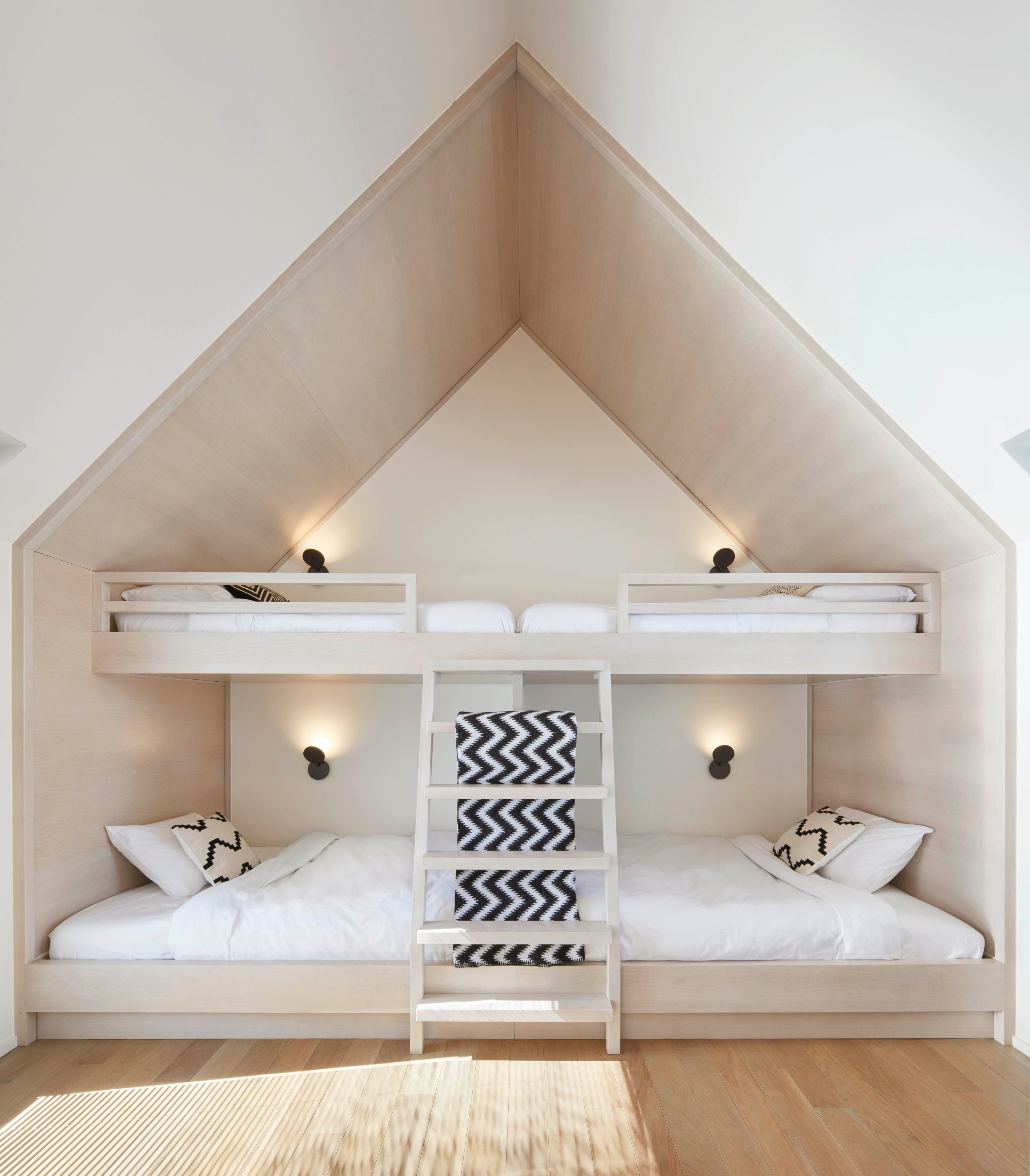 Umari Casa Bunk Beds